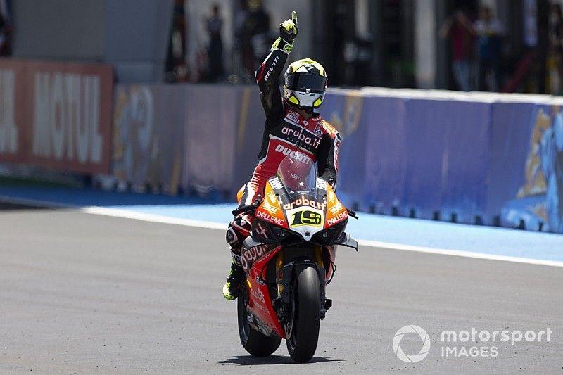SBK, Jerez: Bautista fa volare la Ducati e trionfa nella Superpole Race