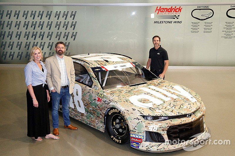 Jimmie Johnson trading purple for camo in Coke 600