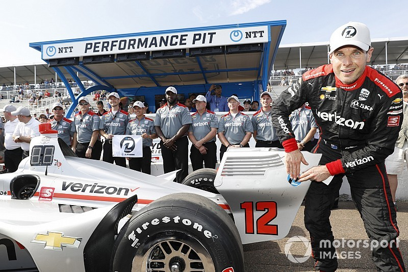 Power supera a Newgarden para ganar la pole