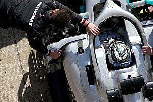 Videón is Bottas új F1-es sisakfestése: pofás