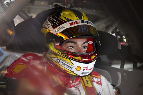 Perth Supercars: McLaughlin takes pole with record lap