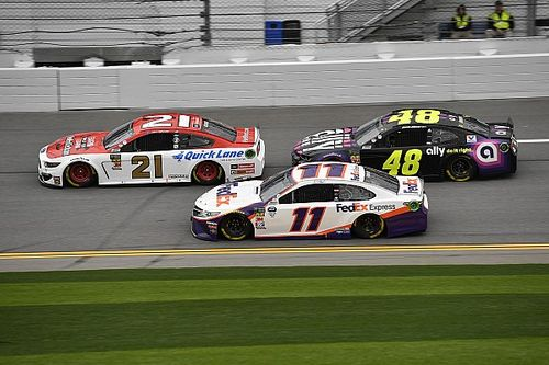 Jimmie Johnson and Paul Menard clear the air over Clash wreck