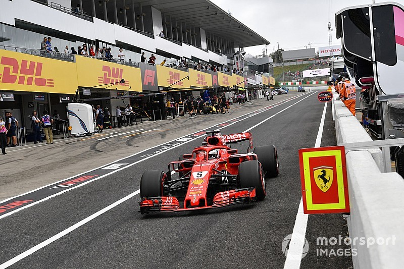 """Vettel neemt Ferrari niets kwalijk: """"Hing regen in de lucht"""""""