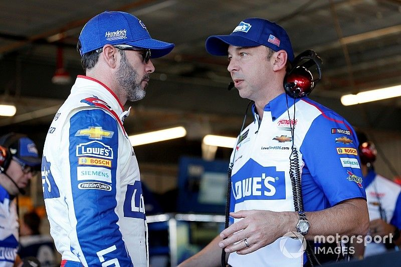 """Jimmie Johnson's """"most difficult year"""" ends quietly at Homestead"""