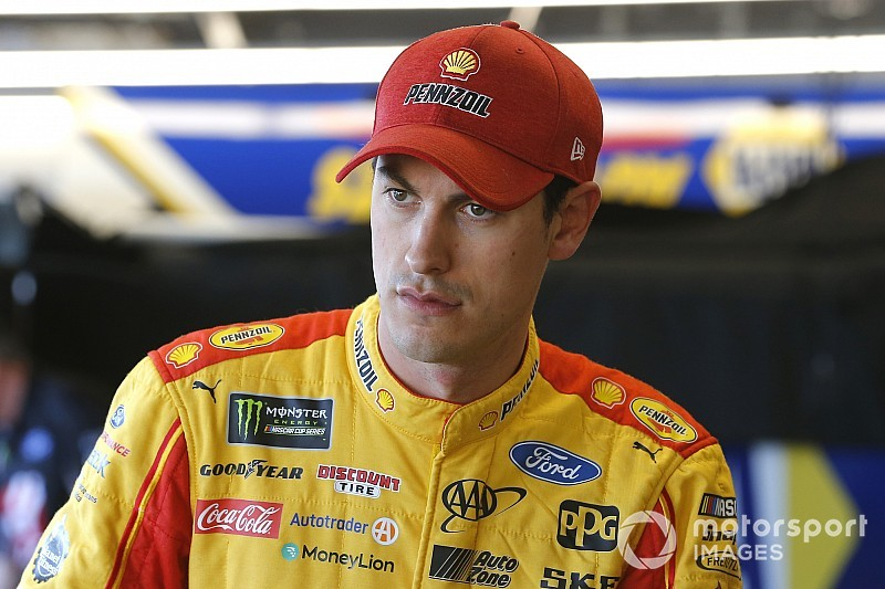 "Joey Logano: ""This doesn't affect anything"" after Phoenix crash"