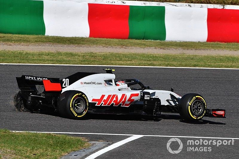 """Magnussen involved """"in all the big crashes"""" - Sauber"""