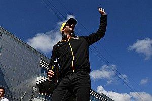 Ricciardo szerint még jól is jöhet a vasárnapi időmérő, csak nem szereti a szakét