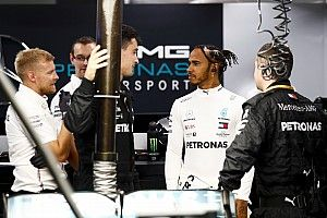 Hamilton: Bottas tudja, hogy ami történt, annak nincs köze a csapatsorrendhez