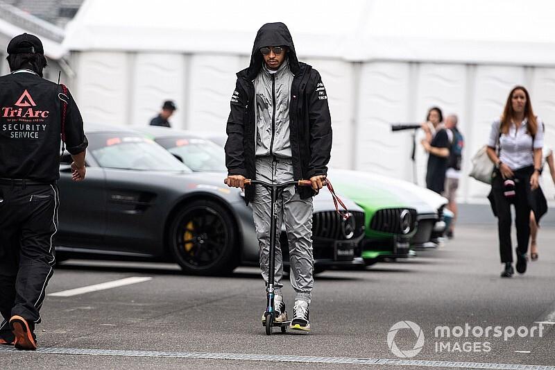 """Hamilton: """"Bottas più veloce? Ha preso una bella scia"""""""