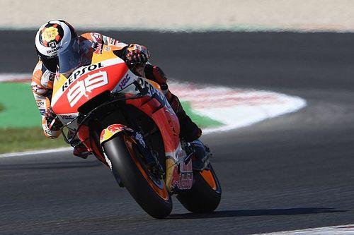 """Lorenzo: """"En algunos circuitos, Márquez se ha aprovechado de Rossi"""""""
