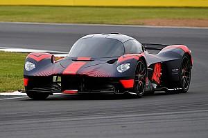 Aston Martin wilde critici mond snoeren met demo van Valkyrie