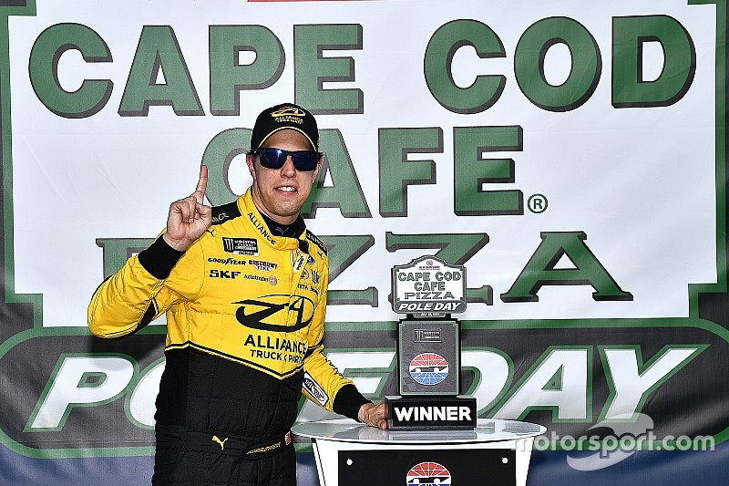 Brad Keselowski tops Kyle Busch for New Hampshire pole