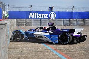 """Dennis: """"Weird sound"""" preceded Berlin Formula E crash"""