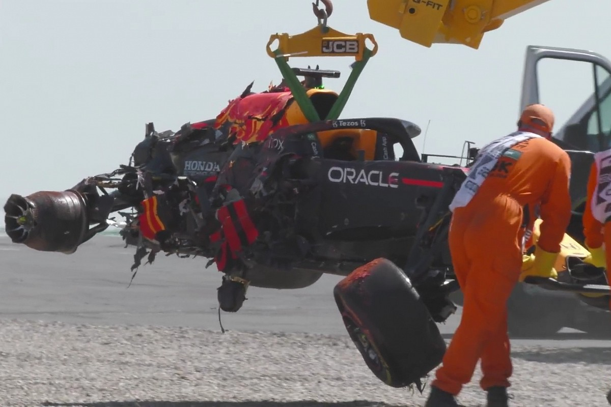 "Horner: ""Crash di Max costa 1,8 milioni. Pena a Lewis leggera"""