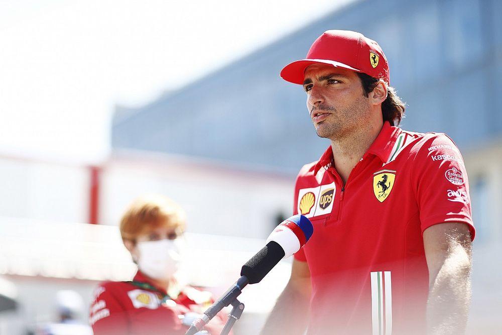 """Sainz: """"Sorpreso dalla capacità di reazione della Ferrari"""""""