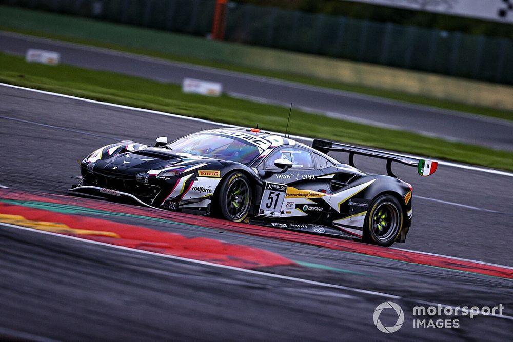 Spa, 15a Ora: Ferrari-Iron Lynx allunga, rimonta Audi-WRT