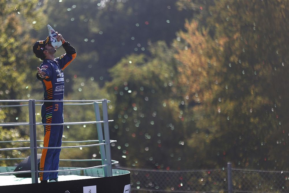 Stats Monza: Ricciardo meer kilometers aan kop dan Bottas en Perez samen