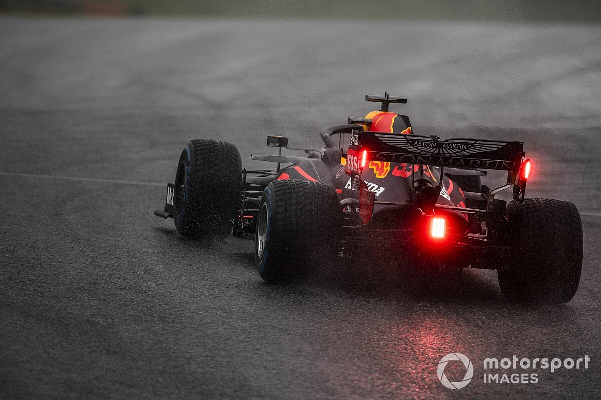 40% az esély arra, hogy ma Verstappen nyer a hűvösebb Stájer Nagydíjon Hamilton ellen?