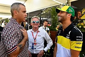 Робби Уильямс приехал на Гран При Австралии Формулы 1. Всё зря: концерта не будет