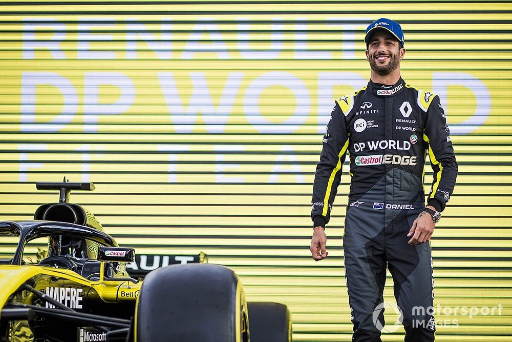 Who could replace Ricciardo at Renault?