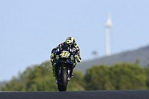 Rossi lanza otra crítica a Yamaha: hacen lo que quieren