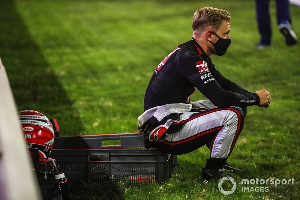 """Magnussen: Fighting for points at best in F1 """"becomes old"""""""