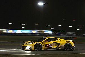 García sigue al frente después de ocho horas en Daytona