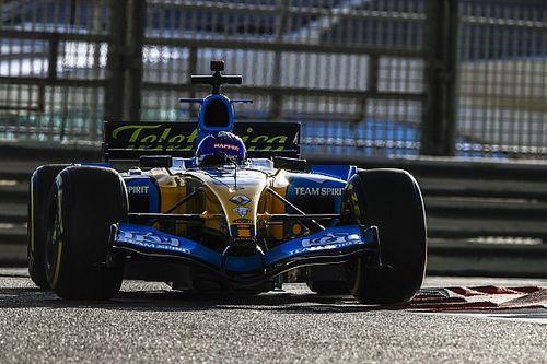 Video: Alonso'nun R25 ile Abu Dhabi'deki 1:42'lik turu
