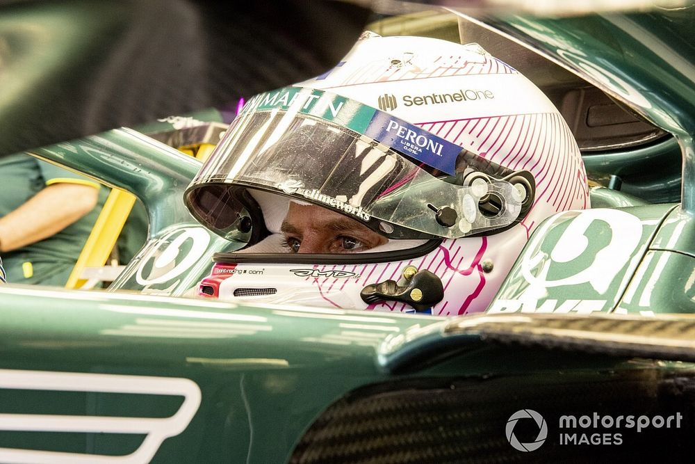 "Vettel lacking ""100 laps"" of F1 test mileage with Aston Martin"