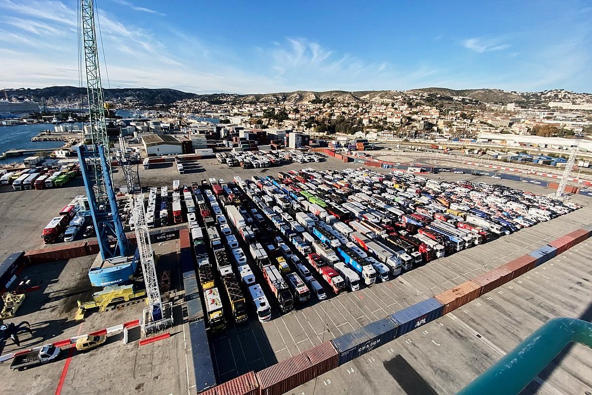 El Dakar 2021 completa su primera 'etapa' en Marsella