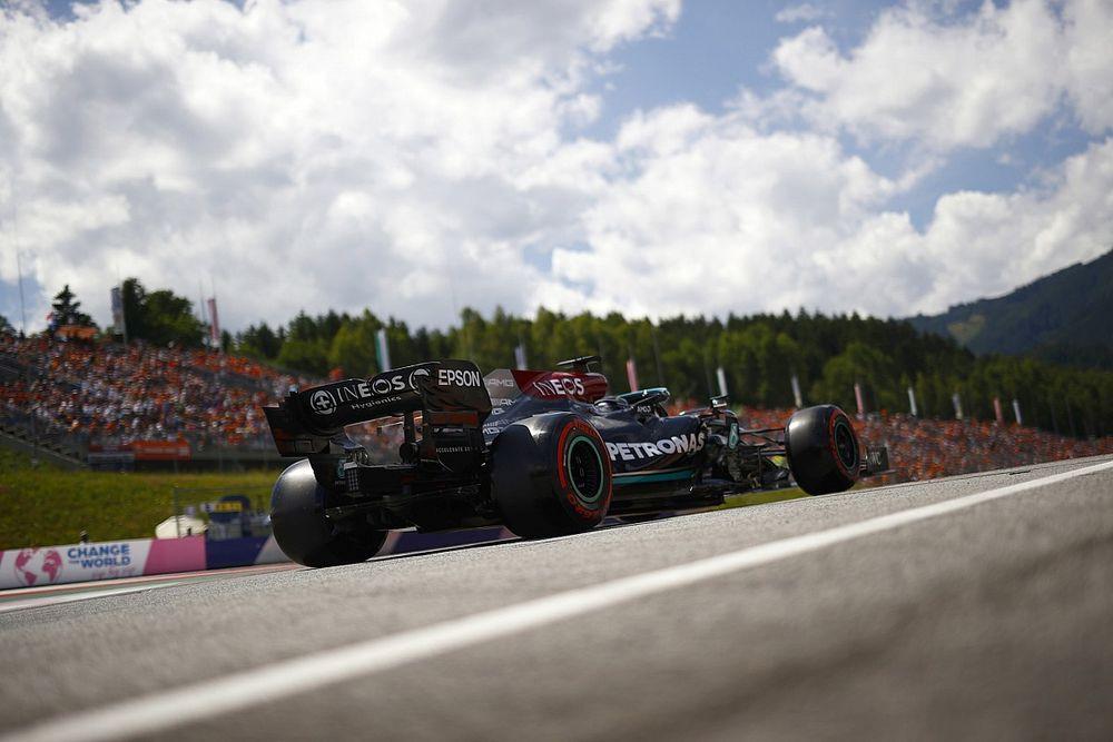 """Hamilton prédit une """"victoire facile"""" pour Verstappen"""