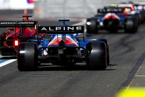Alonso ve injusto que quienes causan bandera roja mantengan posición