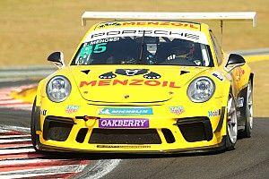 Porsche GT3 Cup: Menossi lidera de ponta a ponta e vence no Velocitta