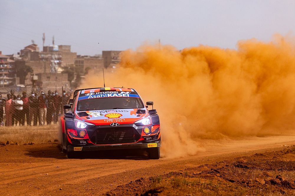 WRC Safari: Neuville relieved with rally lead after wet weather gamble