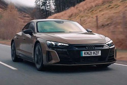 Videó: Nagyszerű élmény vezetni az Audi RS e-tron GT-t