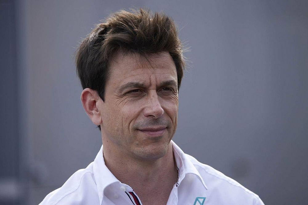 Waarom FIA verbaasd reageerde op mail van Wolff na Verstappen-crash