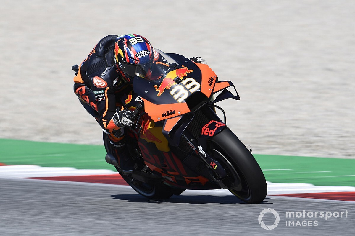 "Binder ""not at all"" thinking about MotoGP title yet"