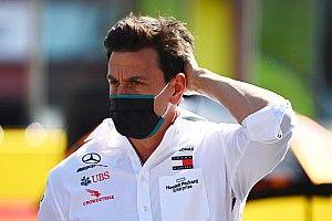 """Jordan: Wolff debería """"salirse"""" de Mercedes mientras está arriba"""