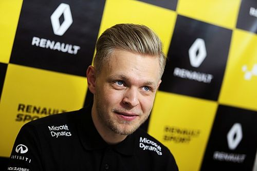 Magnussen feels 'more ready' to cope with F1 pressure now