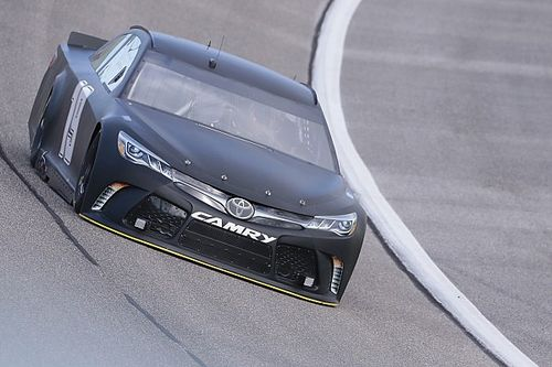 """After Homestead test, Edwards plans to """"dominate this race"""""""