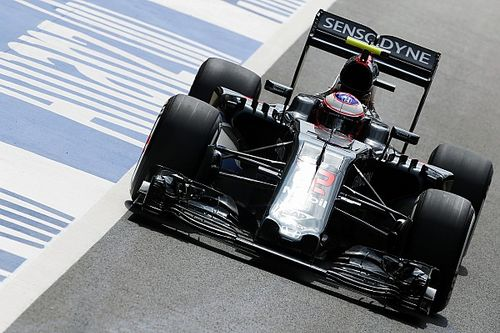 McLaren: Button wing all clear for race