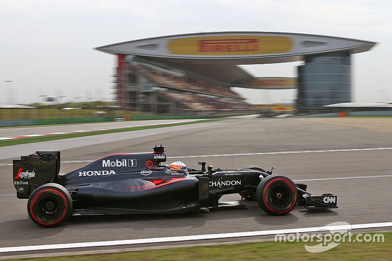A hard-to-read day of practice for McLaren at Shanghai