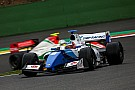 Formula V8 3.5 Isaakyan aprovecha un lento pitstop de Fittipaldi para ganar