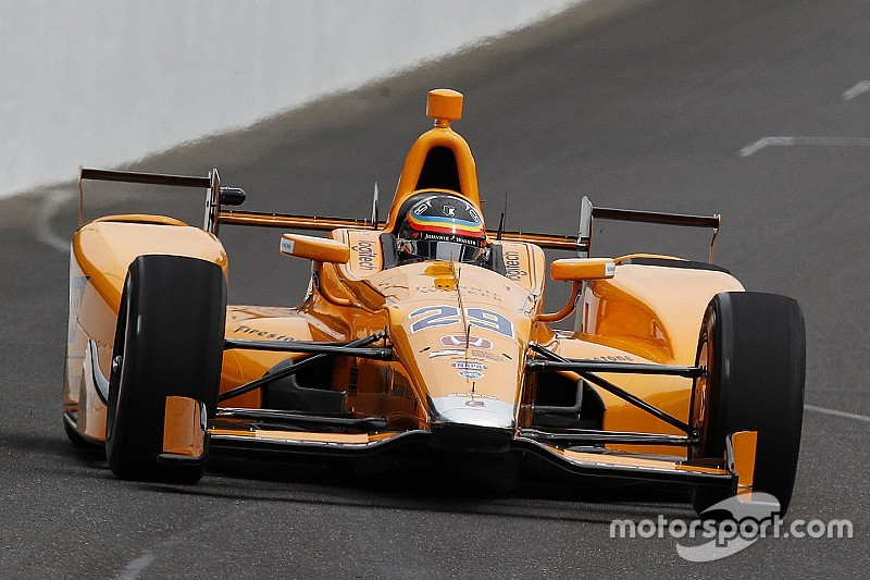 "Alonso says 2018 IndyCar test ""possible"""