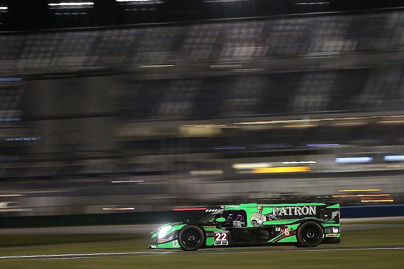 Daytona 24 Hours: Hr10 – Drama as a favorite takes a hit