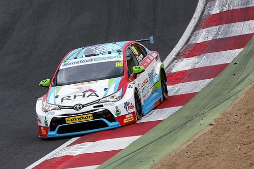 Ingram leads Toyota 1-2 in Donington BTCC test