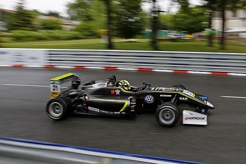 Pau F3: Norris dominates Satuday qualifying for double pole