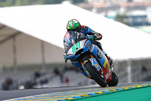 Le Mans Moto2: Morbidelli triumphs after heated Luthi duel