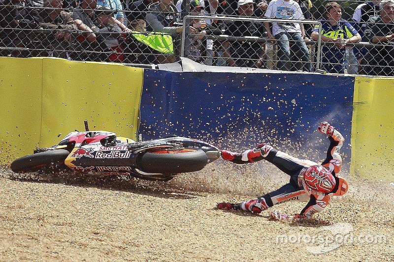 GALERI: Marc Marquez terjatuh lagi di Le Mans