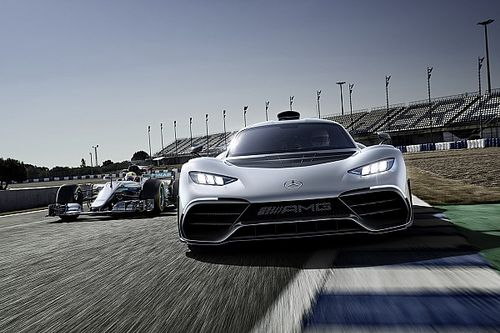F1 motorlu yol otomobili Mercedes-AMG Project One tanıtıldı!